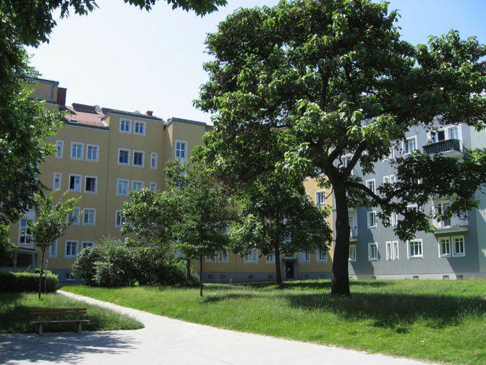 Gemeindebau Simmeringer Hauptstrasse